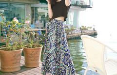 沙滩裙海边度假短袖长裙图片