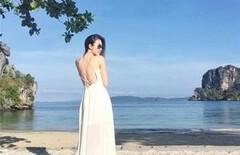 海边度假白色长裙图片