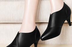 新款高跟鞋女士皮鞋单鞋尖头图片