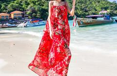 海边度假吊带沙滩中长裙图片