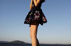 小辣椒同款连衣裙度假图片
