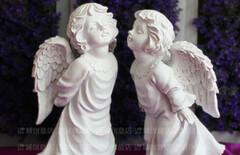 亲吻天使图片