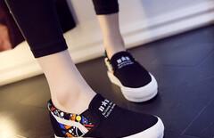 内增高布鞋单女图片