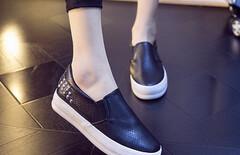 一脚蹬懒人鞋图片