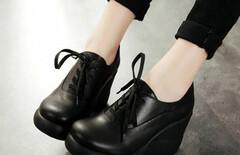 大码坡跟鞋女单鞋春秋图片