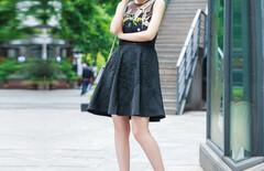 花鸟刺绣连衣裙图片
