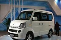 铃木浪迪CH6392C手动两驱阳光版舒适型(STD)国Ⅲ报价4.86-5.15万