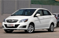 北京汽车E系列三厢1.5L自动时尚型选装乐享版报价7.18-8.78万